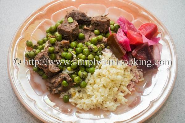 cauliflower rice with beef and fermented vegetables